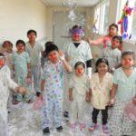 Pacientes alumnos de Escuelita de Párvulos  celebran  el Día de Carnaval